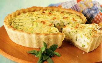 imagem Torta de abobrinha com queijo